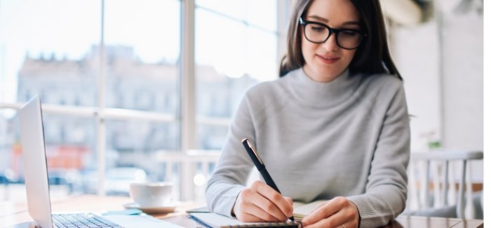 Scholarship essay writing and review services